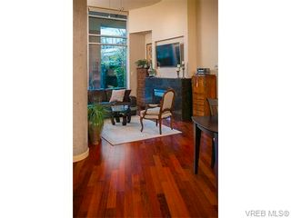 Photo 7: N101 737 Humboldt St in VICTORIA: Vi Downtown Condo for sale (Victoria)  : MLS®# 745941