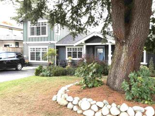 "Photo 3: 1388 OAKWOOD Crescent in North Vancouver: Norgate House for sale in ""Norgate"" : MLS®# R2546691"