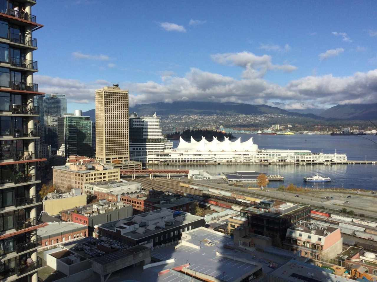 """Main Photo: 2407 108 W CORDOVA Street in Vancouver: Downtown VW Condo for sale in """"WOODWARDS W 32"""" (Vancouver West)  : MLS®# R2517265"""