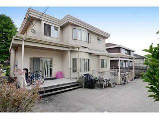 Photo 2: 2215 W 23RD Avenue in Vancouver: Arbutus House for sale (Vancouver West)  : MLS®# V1077262