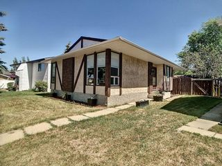 Photo 3: 16063 123 Street in Edmonton: Zone 27 House for sale : MLS®# E4252499