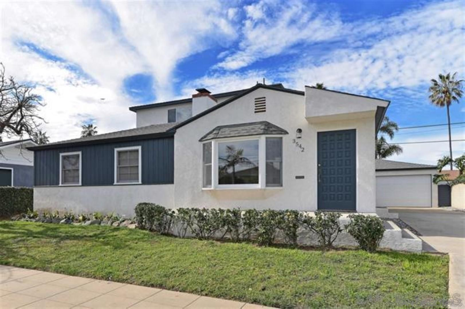 Main Photo: PACIFIC BEACH House for sale : 4 bedrooms : 3542 Buena Vista St in San Diego