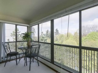 """Photo 5: 801 550 EIGHTH Street in New Westminster: Uptown NW Condo for sale in """"PARKRIDGE"""" : MLS®# R2402744"""