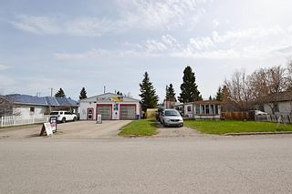 Photo 2: 121 & 125 EDGAR Avenue: Turner Valley Detached for sale : MLS®# A1105360