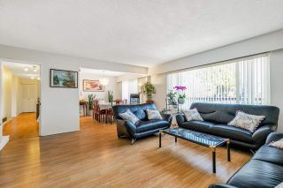 Photo 3: 10771 SPENDER Court in Richmond: Woodwards House for sale : MLS®# R2560852