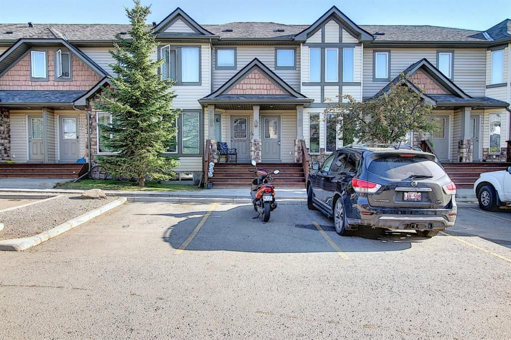 Main Photo: 2106 2445 KINGLAND Road SE: Airdrie Row/Townhouse for sale : MLS®# A1141834