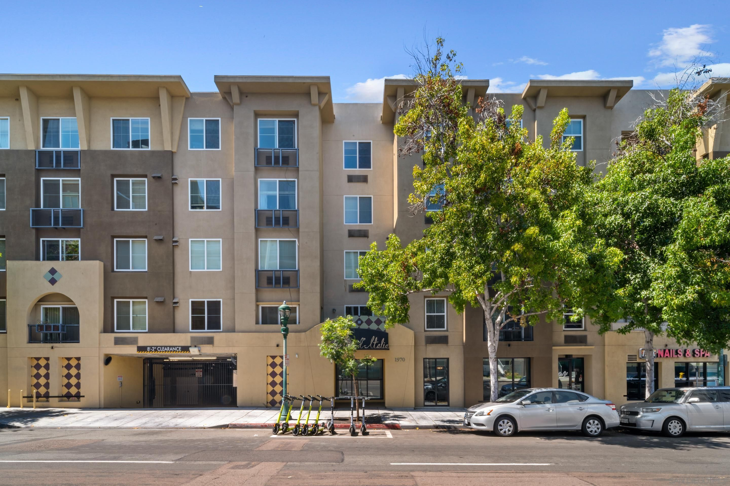 Main Photo: DOWNTOWN Condo for sale : 2 bedrooms : 1970 Columbia St #510 in San Diego