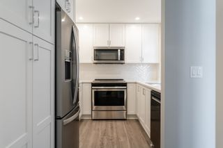 """Photo 7: 611A 2180 KELLY Avenue in Port Coquitlam: Central Pt Coquitlam Condo for sale in """"Montrose Square"""" : MLS®# R2624390"""