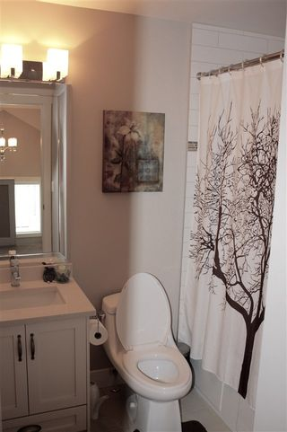 """Photo 10: 16 6929 142 Street in Surrey: East Newton Townhouse for sale in """"Redwood"""" : MLS®# R2139277"""