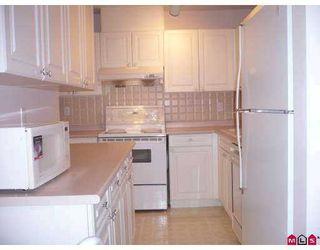 """Photo 4: 212 14885 100TH Avenue in Surrey: Guildford Condo for sale in """"The Dorchester"""" (North Surrey)  : MLS®# F2717171"""