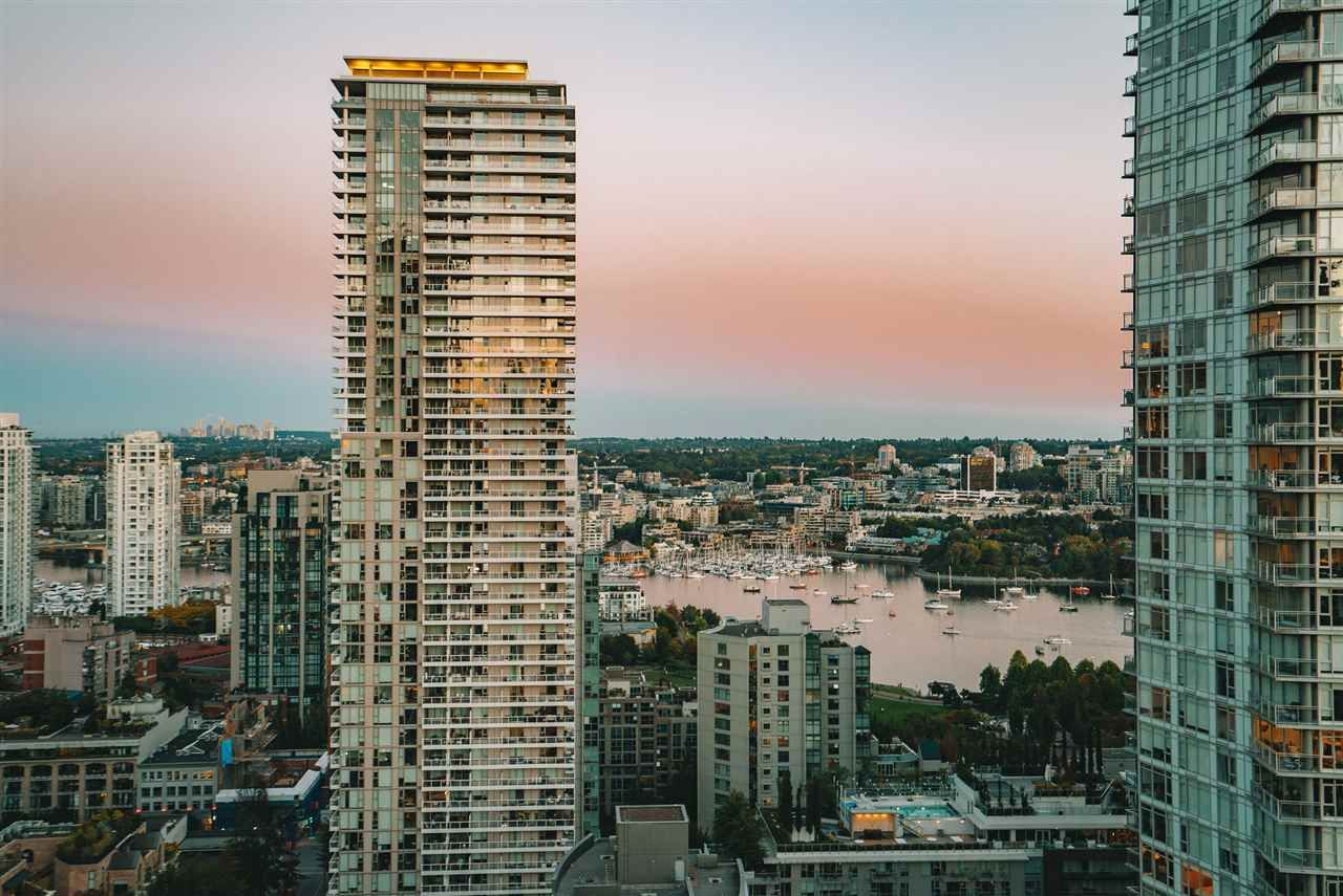 """Main Photo: 2302 1325 ROLSTON Street in Vancouver: Downtown VW Condo for sale in """"The Rolston"""" (Vancouver West)  : MLS®# R2569904"""