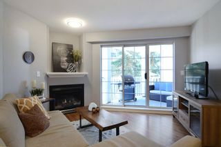 """Photo 7: 212 147 E 1ST Street in North Vancouver: Lower Lonsdale Condo for sale in """"The Coronado"""" : MLS®# R2136630"""