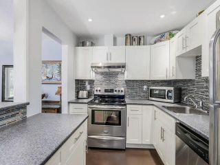 "Photo 15: 105 1750 MAPLE Street in Vancouver: Kitsilano Condo for sale in ""MAPLEWOOD PLACE"" (Vancouver West)  : MLS®# V1135503"