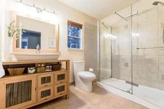 """Photo 12: 21 2590 PANORAMA Drive in Coquitlam: Westwood Plateau Townhouse for sale in """"BUCKINGHAM COURT"""" : MLS®# R2231935"""