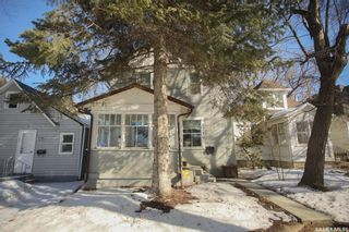 Photo 2: 1216 E Avenue North in Saskatoon: Mayfair Residential for sale : MLS®# SK845177