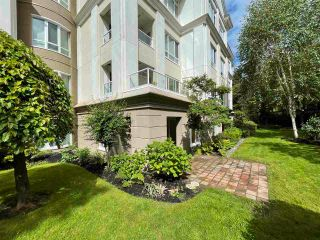 """Photo 2: 104 5735 HAMPTON Place in Vancouver: University VW Condo for sale in """"THE BRISTOL"""" (Vancouver West)  : MLS®# R2590076"""