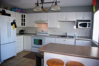 Photo 4: 69 8890 WALNUT GROVE DRIVE in Langley: Walnut Grove Townhouse for sale : MLS®# R2068096