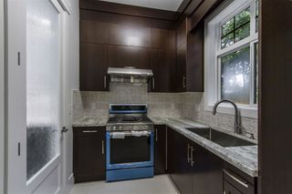 Photo 10: 628 GATENSBURY Street in Coquitlam: Central Coquitlam House for sale : MLS®# R2388731