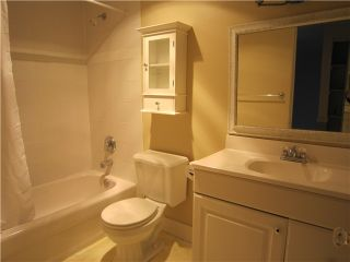 """Photo 6: 107 211 W 3RD Street in North Vancouver: Lower Lonsdale Condo for sale in """"Villa Aurora"""" : MLS®# V866514"""