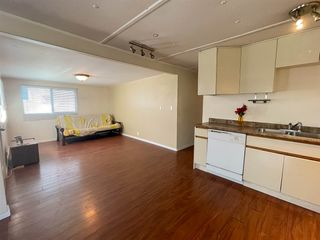 """Photo 4: 29 9132 120 Street in Surrey: Queen Mary Park Surrey Manufactured Home for sale in """"SCOTT PLAZA"""" : MLS®# R2577479"""
