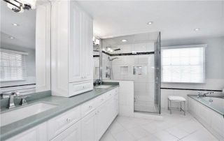 Photo 16: 81 Heatherwood Crescent in Markham: Unionville House (2-Storey) for sale : MLS®# N4158532