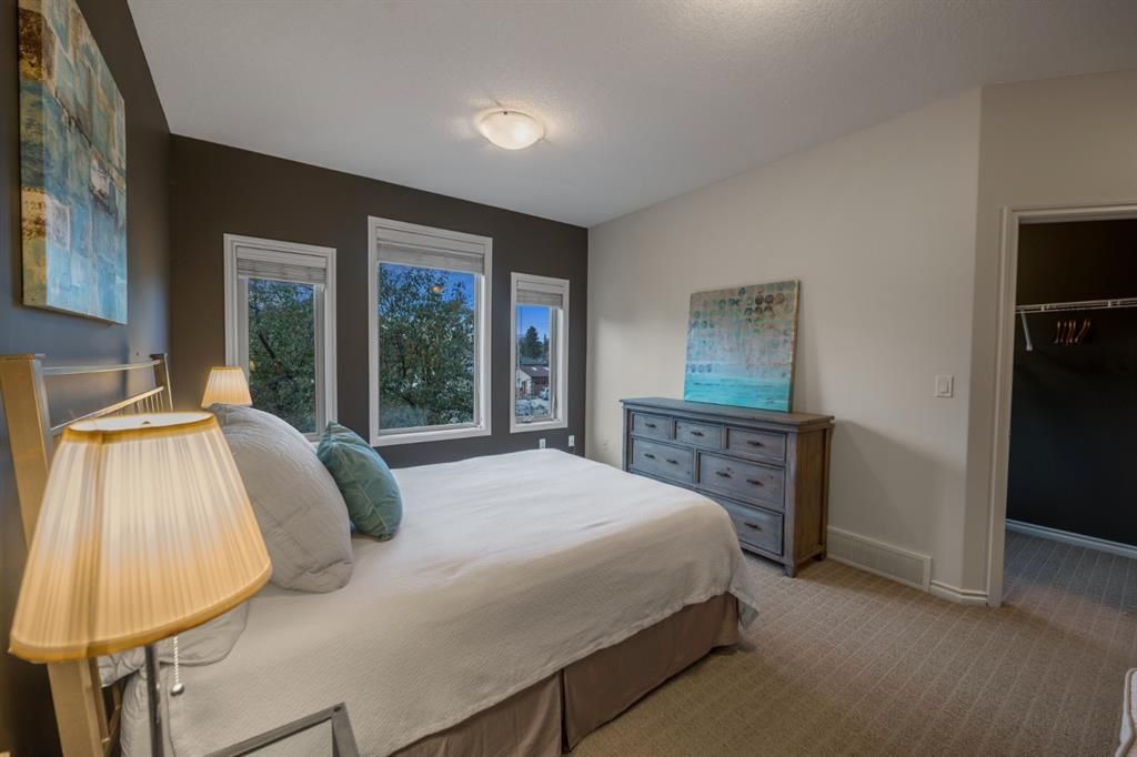 Photo 17: Photos: 2804 36 Street SW in Calgary: Killarney/Glengarry Semi Detached for sale : MLS®# A1058025