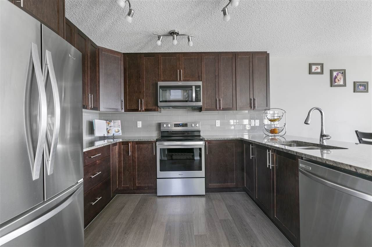 Main Photo: 3400 WEIDLE Way in Edmonton: Zone 53 House Half Duplex for sale : MLS®# E4229486