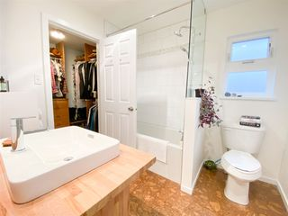 """Photo 12: 1 41449 GOVERNMENT Road in Squamish: Brackendale Townhouse for sale in """"Emerald Estates"""" : MLS®# R2431358"""