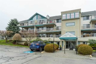 "Photo 3: 305 7500 COLUMBIA Street in Mission: Mission BC Condo for sale in ""Edwards Estates"" : MLS®# R2483286"