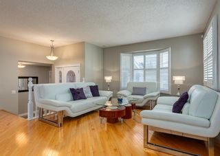 Photo 8: 848 Coach Side Crescent SW in Calgary: Coach Hill Detached for sale : MLS®# A1082611