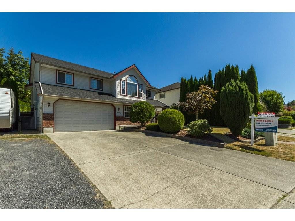 Main Photo: 3794 LATIMER Street in Abbotsford: Abbotsford East House for sale : MLS®# R2101817