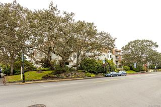 Photo 27: 101 2125 Oak Bay Ave in Oak Bay: OB South Oak Bay Condo for sale : MLS®# 837058