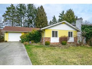 Main Photo: 33079 MARSHALL Road in Abbotsford: Central Abbotsford House for sale : MLS®# R2585683