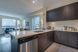 Photo 7: 411 2665 MOUNTAIN Highway in North Vancouver: Lynn Valley Condo for sale : MLS®# R2463896