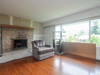 Photo 3: 395 Rodello St in COMOX: CV Comox (Town of) House for sale (Comox Valley)  : MLS®# 733267