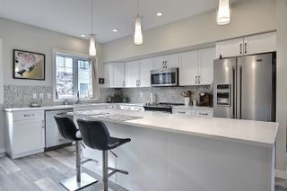 Photo 6: 1 1023 173 Street in Edmonton: Zone 56 Townhouse for sale : MLS®# E4246751