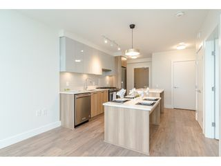 """Photo 11: 1306 258 NELSON'S Court in New Westminster: Sapperton Condo for sale in """"THE COLUMBIA AT BREWERY DISTRICT"""" : MLS®# R2472326"""