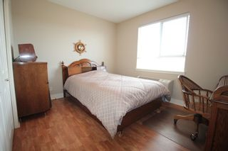 "Photo 9: 403 5430 201 Street in Langley: Langley City Condo for sale in ""Sonnet"" : MLS®# R2168694"