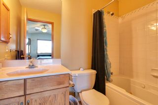 Photo 10: 9107 Scurfield Drive NW in Calgary: 2 Storey for sale : MLS®# C3598147
