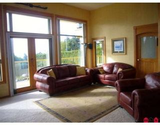 Photo 5: 13986 MARINE DR in White Rock: House for sale : MLS®# F2724884