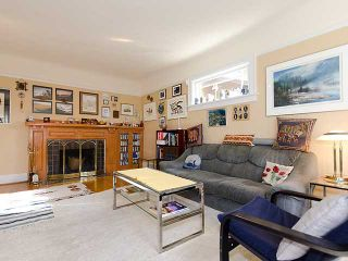 """Photo 2: 3835 W 24TH Avenue in Vancouver: Dunbar House for sale in """"DUNBAR"""" (Vancouver West)  : MLS®# V884363"""