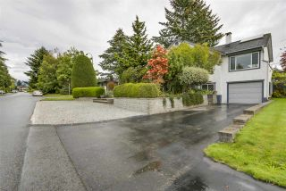 "Photo 19: 2220 PAULUS Crescent in Burnaby: Montecito House for sale in ""MONTECITO"" (Burnaby North)  : MLS®# R2129077"