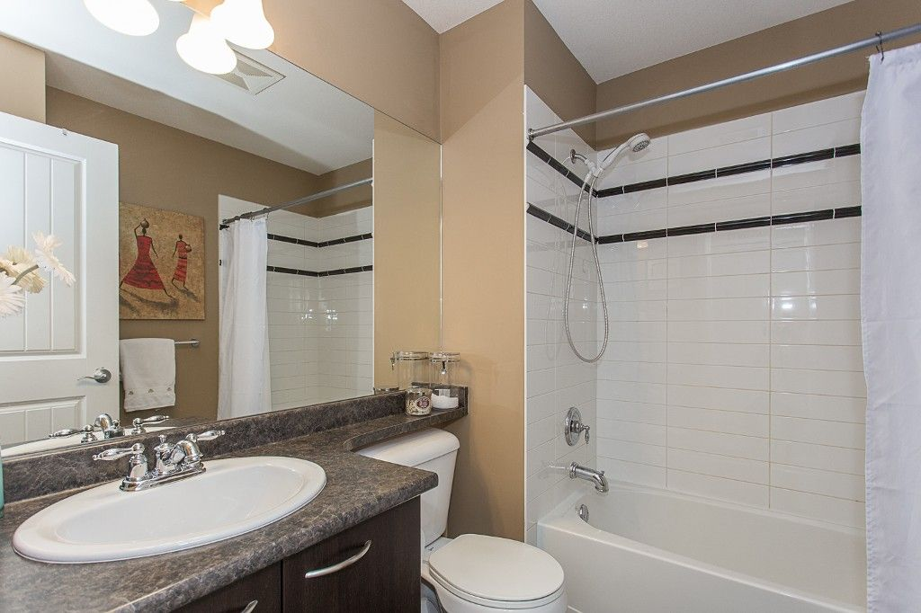 "Photo 39: Photos: 6 6785 193 Street in Surrey: Clayton Townhouse for sale in ""MADRONA"" (Cloverdale)  : MLS®# R2160056"