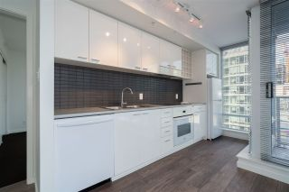 "Photo 7: 805 668 CITADEL PARADE in Vancouver: Downtown VW Condo for sale in ""Spectrum 2"" (Vancouver West)  : MLS®# R2525456"