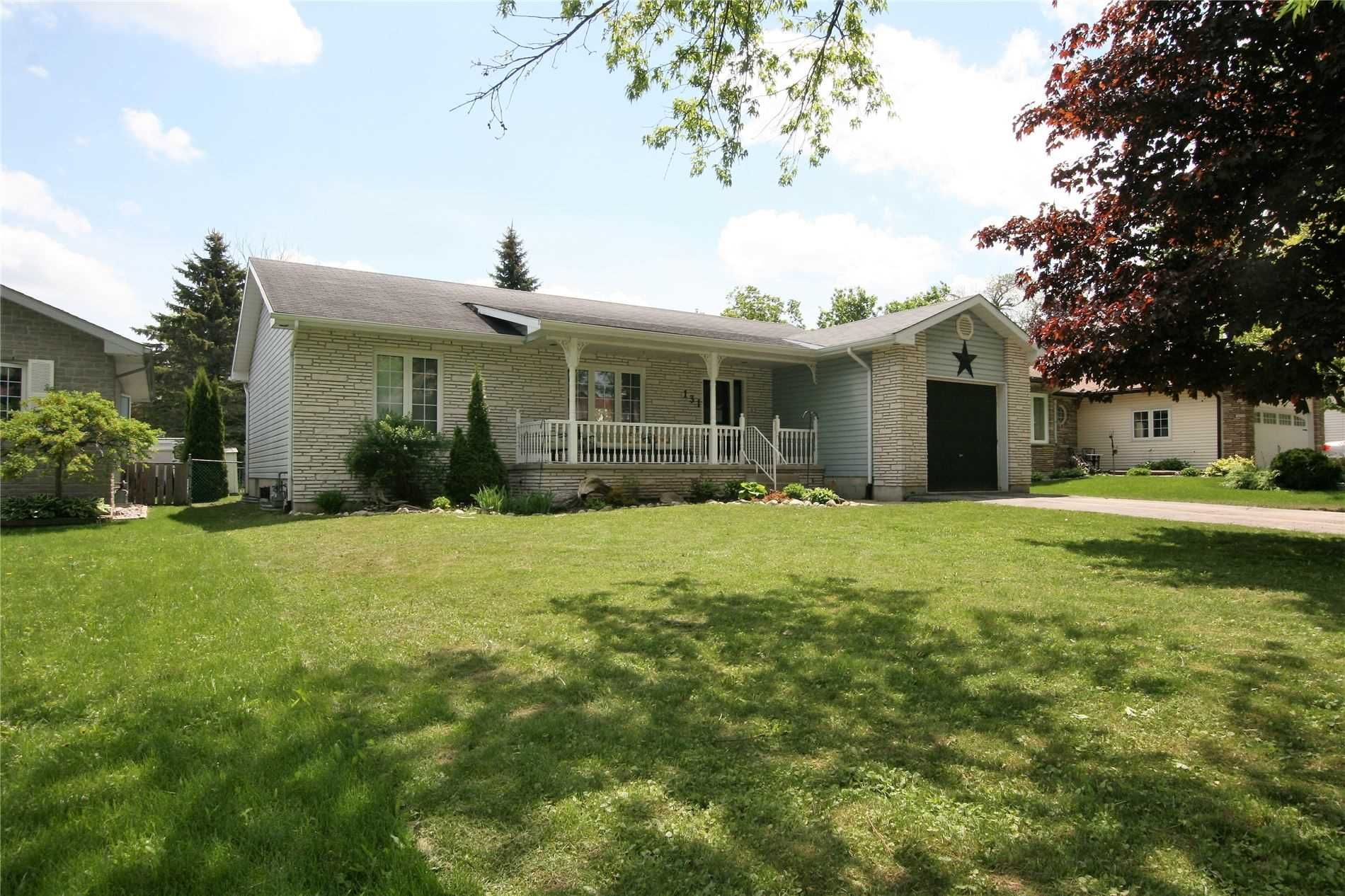 Main Photo: 131 Third Avenue: Shelburne House (Bungalow) for sale : MLS®# X4780172