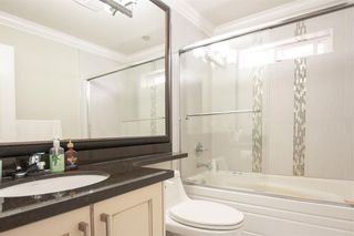 Photo 11: 7068 148 Street in Surrey: East Newton House for sale : MLS®# R2278141