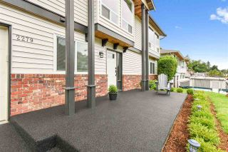 Photo 3: 2279 WOODSTOCK DRIVE in Abbotsford: Abbotsford East House for sale : MLS®# R2486898