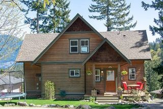 """Main Photo: 943 RIVENDELL Drive: Bowen Island House for sale in """"CATES HILL"""" : MLS®# R2260882"""