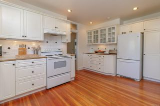 Photo 9: 631 Oliver St in : OB South Oak Bay House for sale (Oak Bay)  : MLS®# 876529