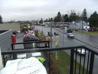 """Photo 11: 306 22858 LOUGHEED Highway in Maple Ridge: East Central Condo for sale in """"URBAN GREEN"""" : MLS®# R2103541"""